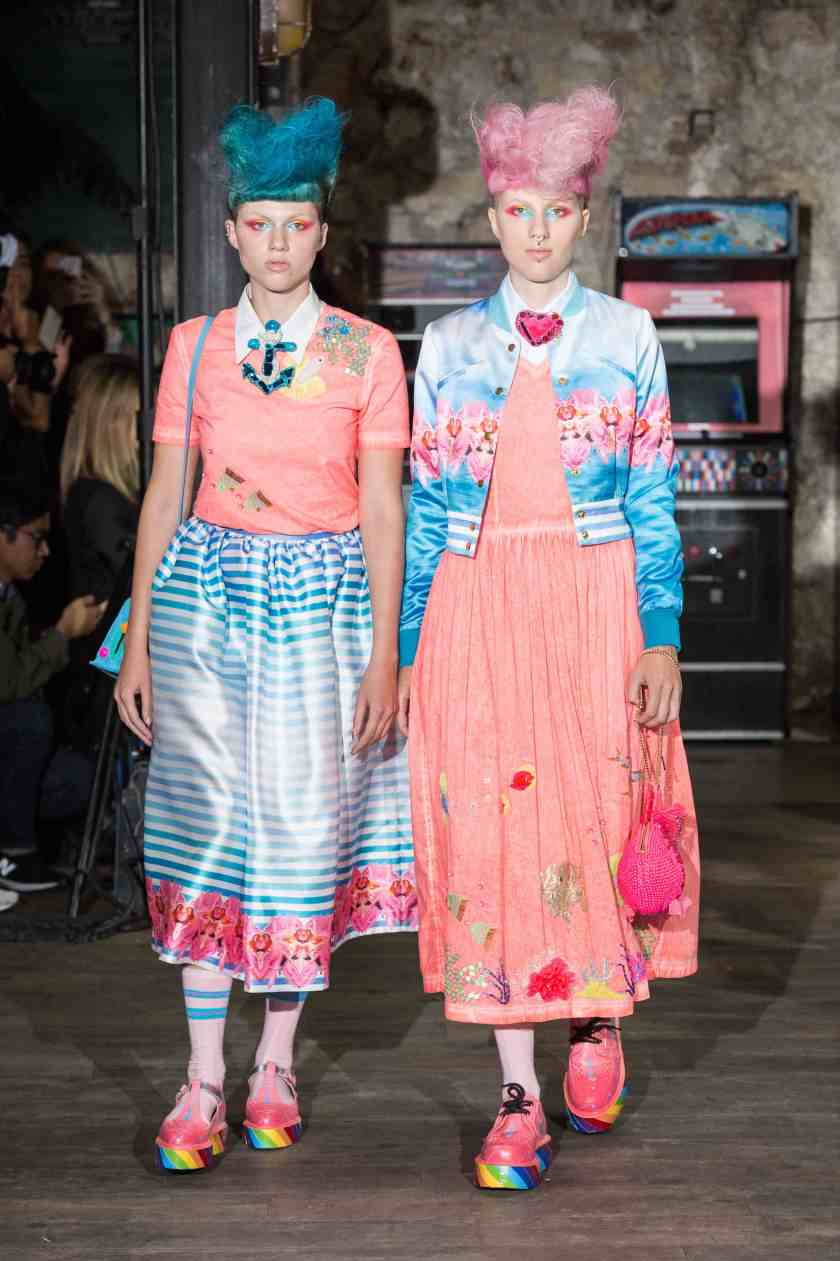 Pixelformula  womenswear  ready to wear prêt a porter summer 2017 Manish Arora