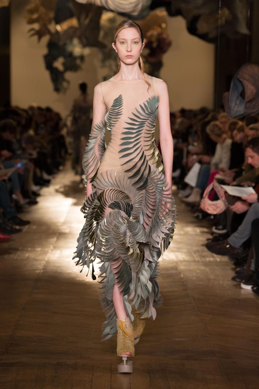IRIS VAN HERPEN Haute couture summer 2018