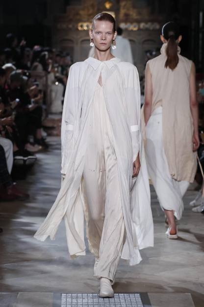 Uma Wang Fashion Show Ready To Wear Collection Spring Summer 2019 presented in Paris NOWFASHION