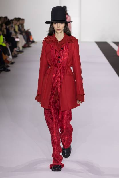Ann Demeulemeester Ready To Wear Fall Winter 2019 Collection Paris Fashion Week