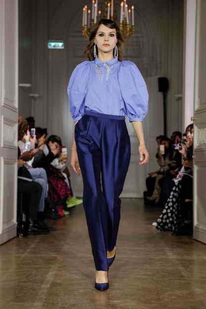 Lutz Huelle Fashion show in Paris Womenswear Collection Fall Winter 2019